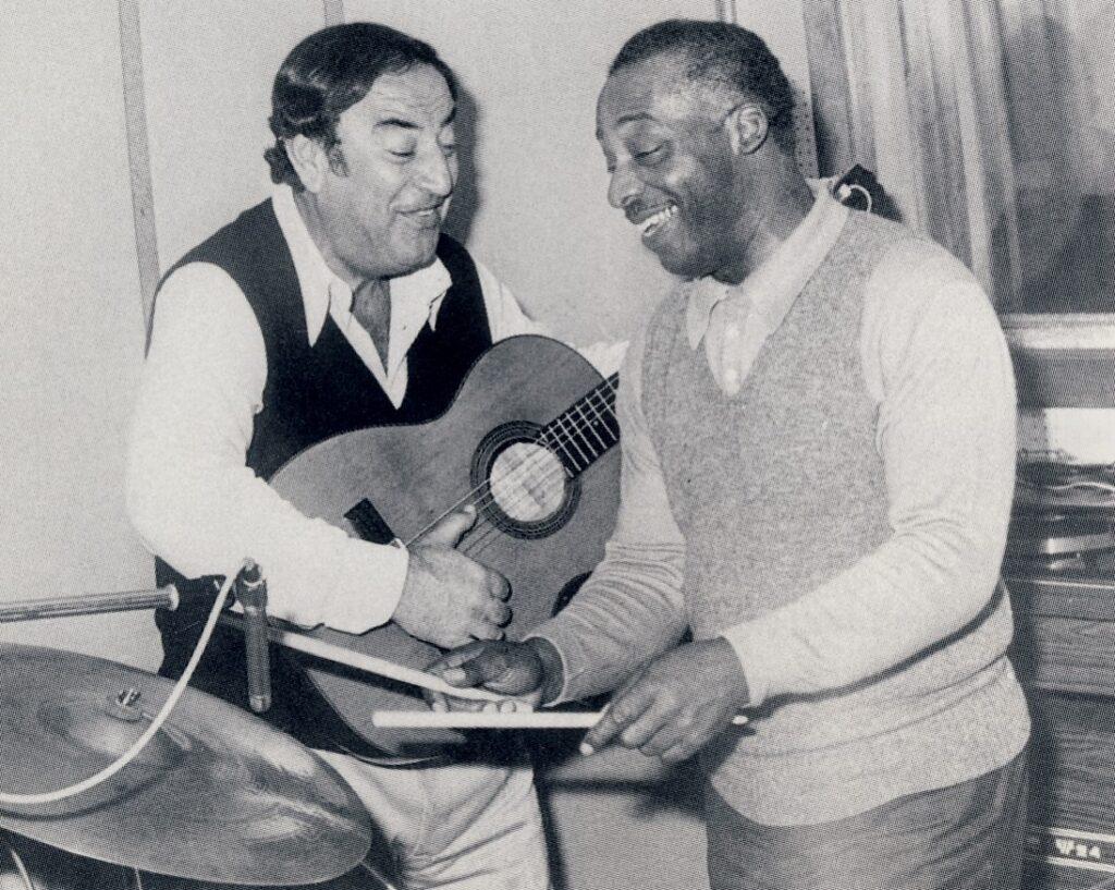 Ugo Calise con il grande KENNY CLARKE (primi anni ottanta).